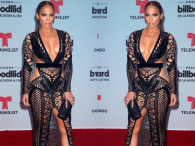 Jennifer Lopez założyła naked dress