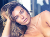 Samantha Hoopes nago