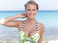 Ewelina Olczak w bikini i bieliźnie Bravissimo