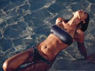 Włoska modelka Federica Nargi w bikini Goldenpoint