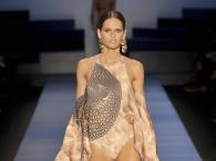 Izabel Goulart i pokaz bikini marki Agua de Coco