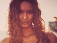 Lais Ribeiro czarująco w bieliźnie Victoria`s Secret