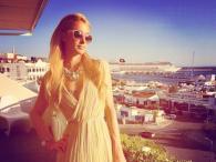 Paris Hilton dobrze się bawi na Ibizie