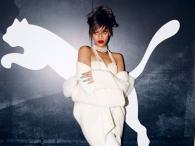 Rihanna znowu pokazuje się bez makijażu